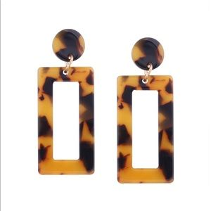 Jewelry - Tortoise Shell Geometric Earrings